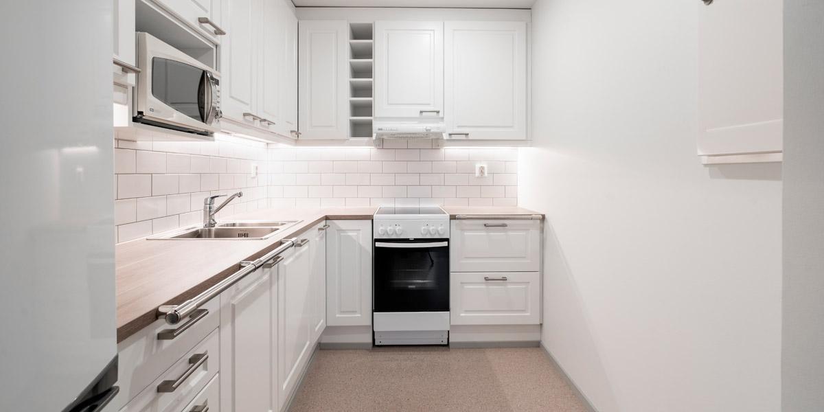Korkeakadun senioritalon asunnon keittiö