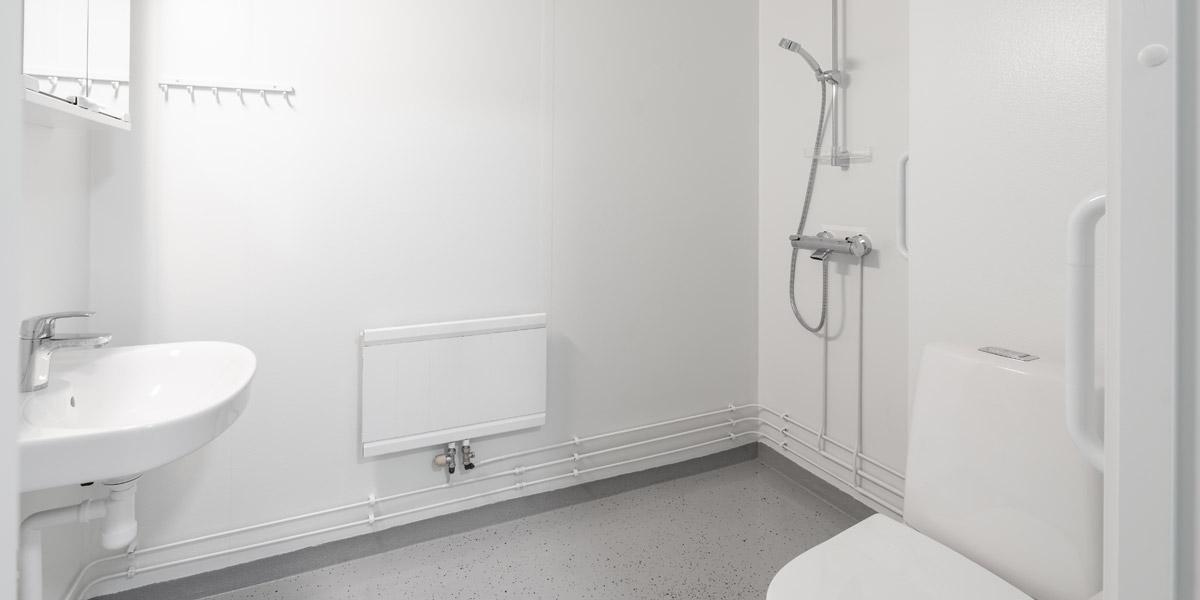 Lautamiehenkadun senioritalon kylpyhuone